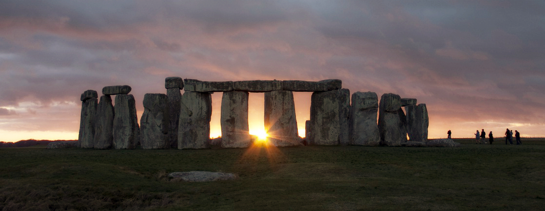 stonehenge-at-sunrise2